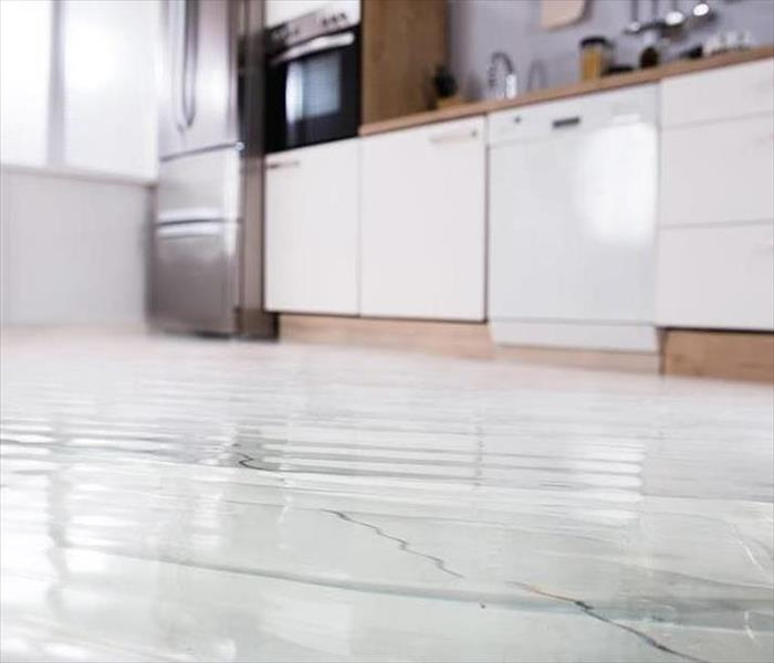 Water Damage Helpful tips to know when you have a WATER DAMAGE!